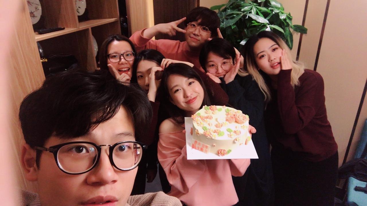 趙芷晴和北京好友的生日會(照片由受訪者提供)