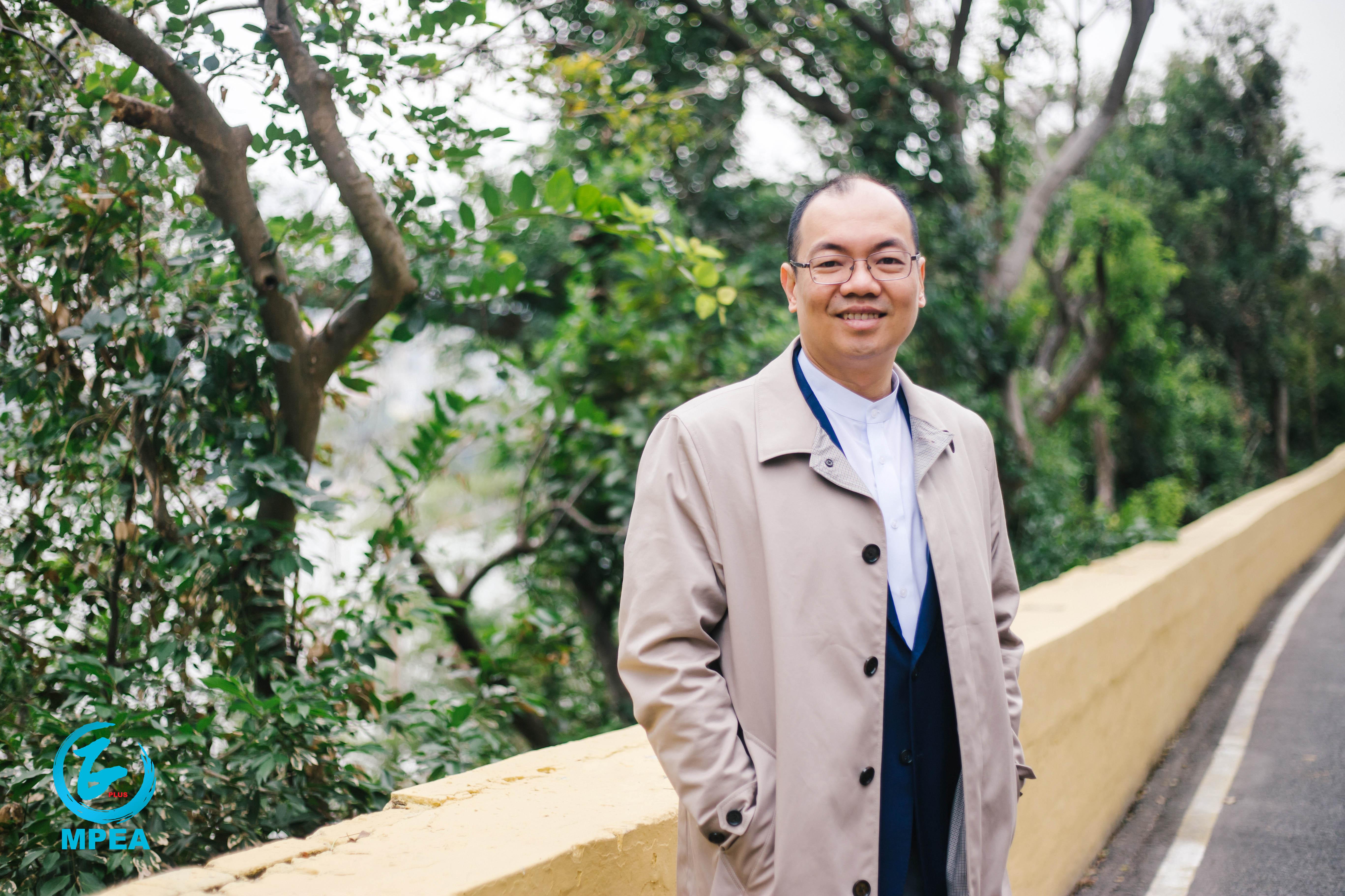 陳志峰鼓勵澳門新生代年輕人應心懷夢想,彰顯才華,力爭上游,在大灣區中脫穎而出。