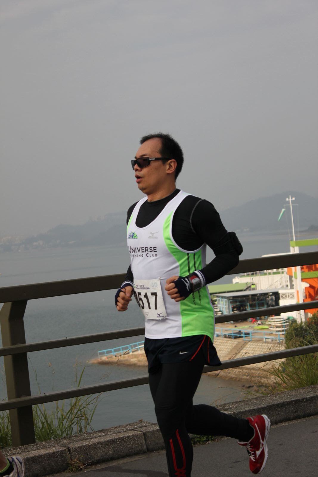 認真工作之餘,陳志峰平日亦喜歡做運動。(圖片由受訪者提供)
